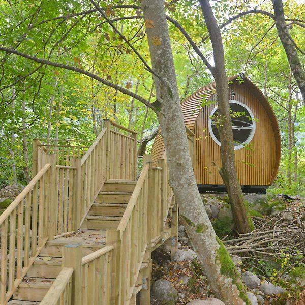 Glamping Resorts Wohneinheit Armadilla im Wald