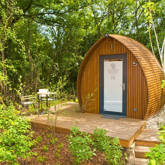 the woodland garden in the Glamping resort Bliesgau biosphere